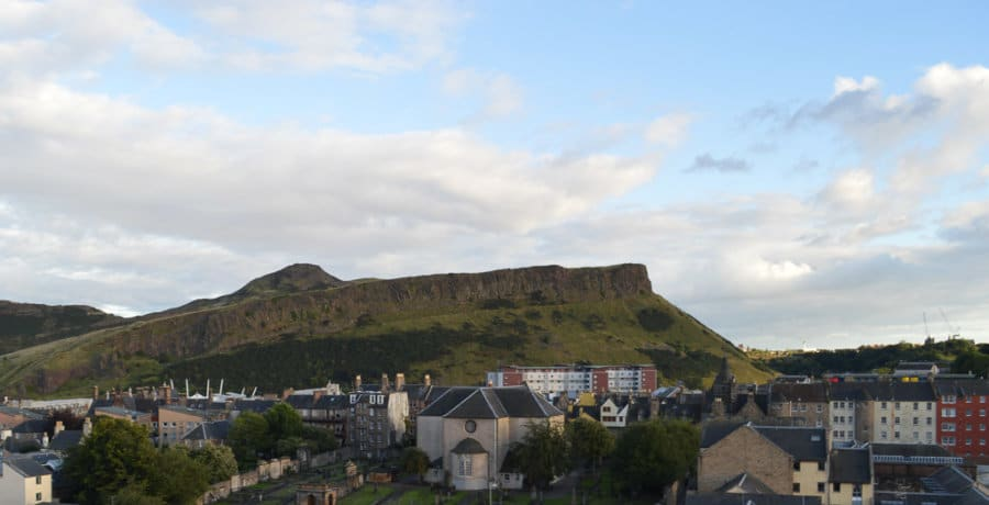 free things to do Edinburgh - photo of Arthur's Seat