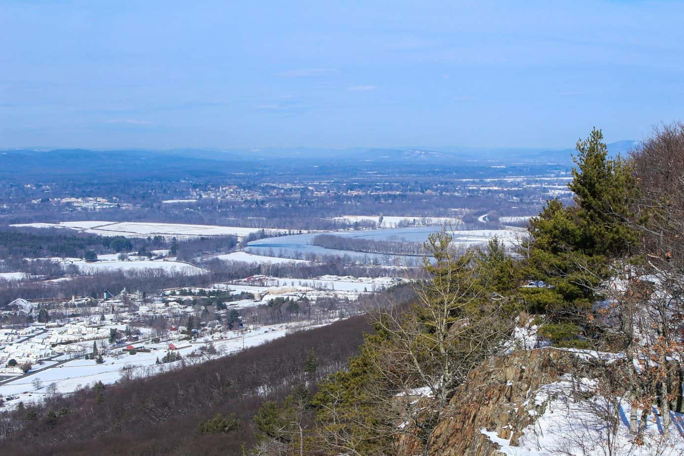 day trips out of Boston - Mount Tom