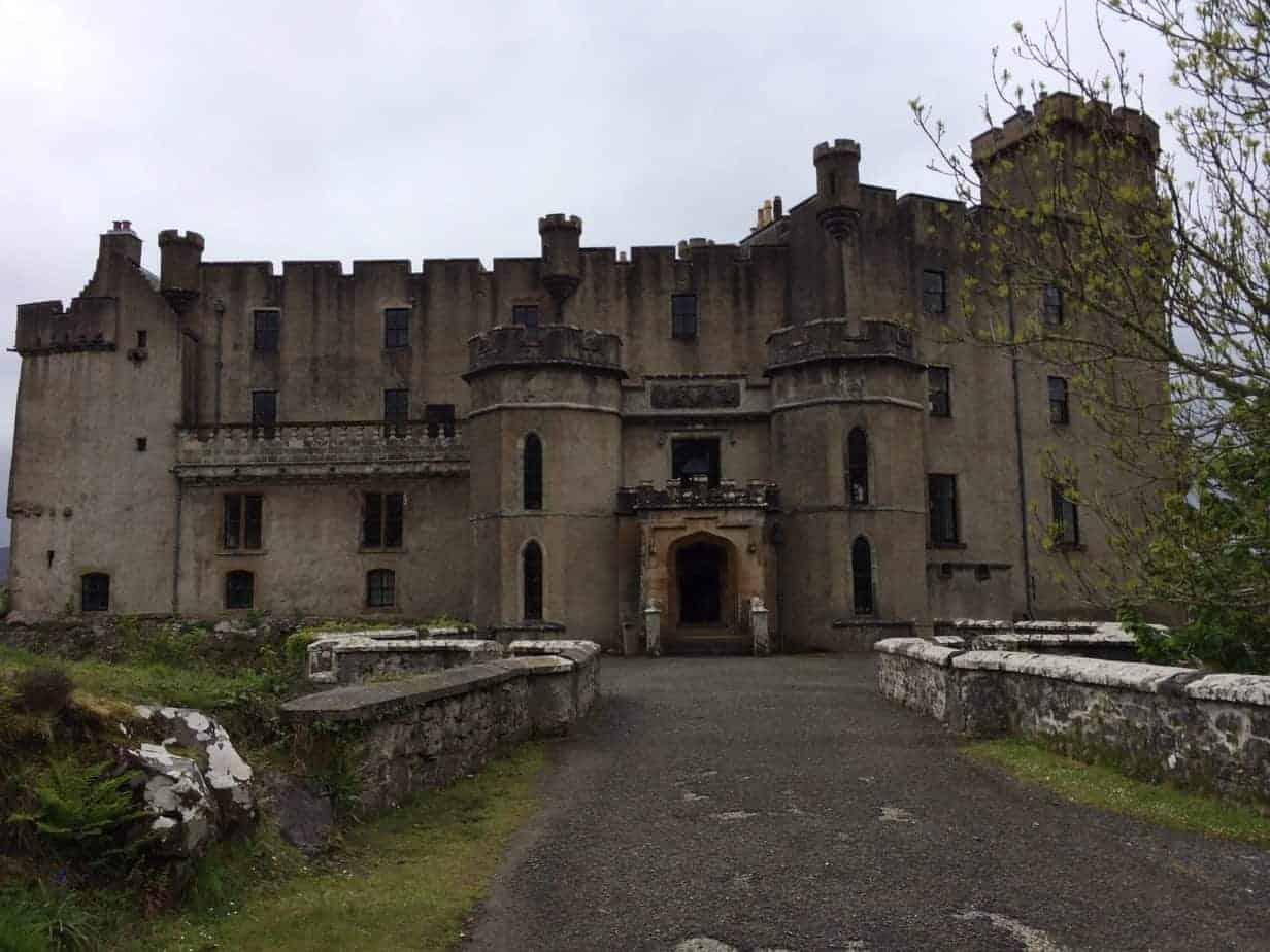 Dunvegan Casyle - amazing castles Scotland
