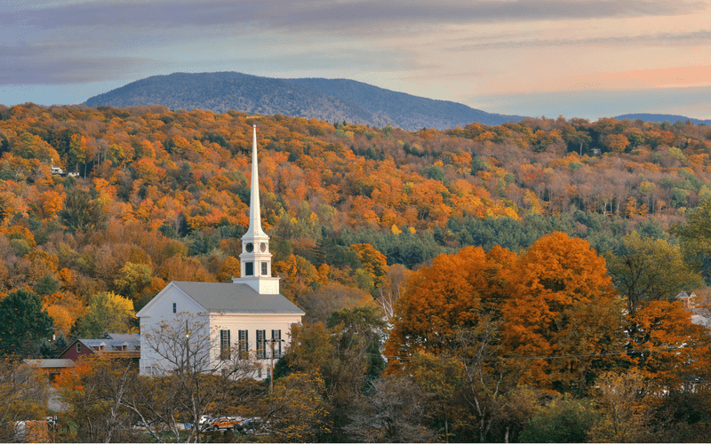 new england vacation ideas fall - stowe vermont church