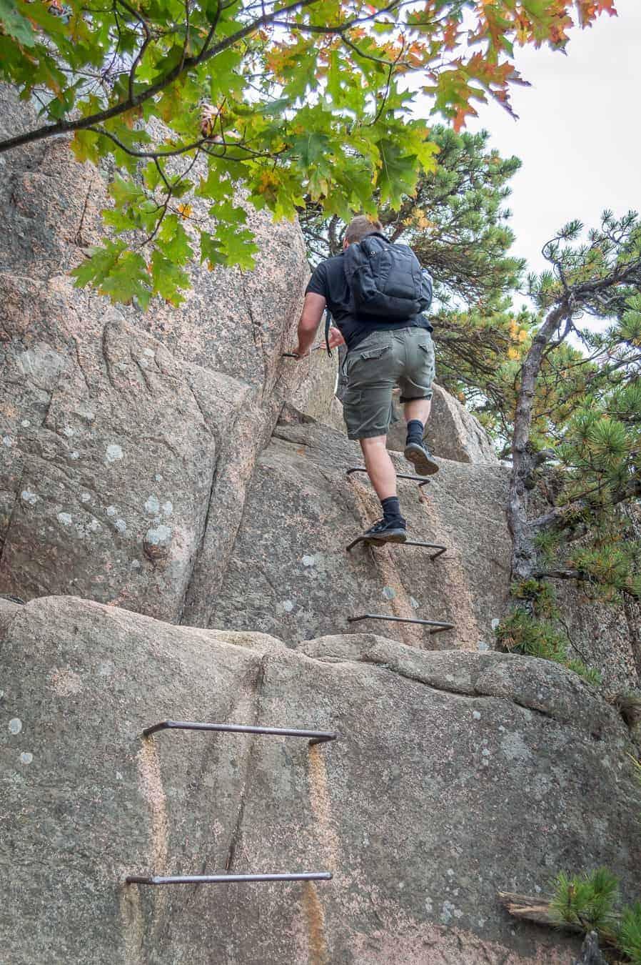 hiking in acadia