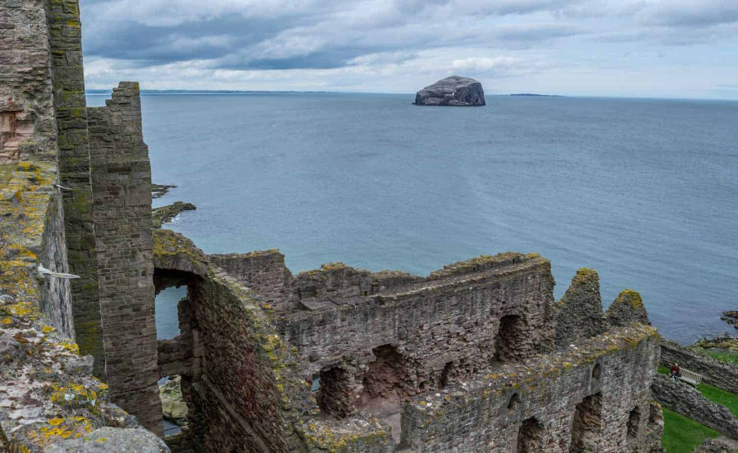 romantic day trips from Edinburgh - North Berwick Tantallon castle