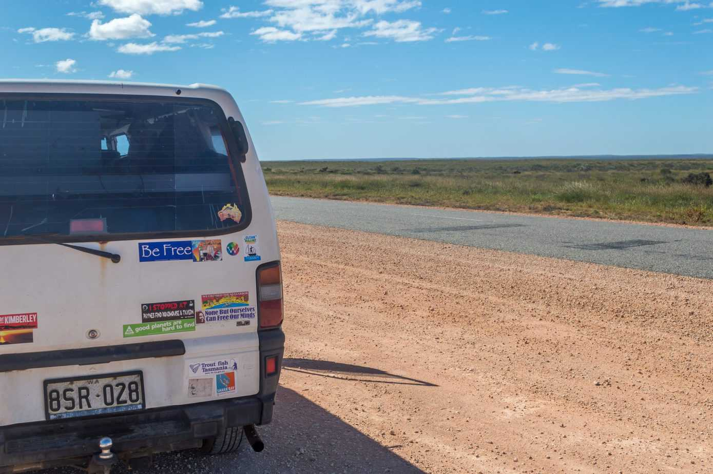 western australia road trip itinerary - campervan on highway