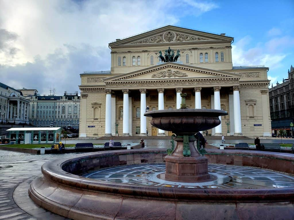 moscow tourist attractions - the bolshoi theatre