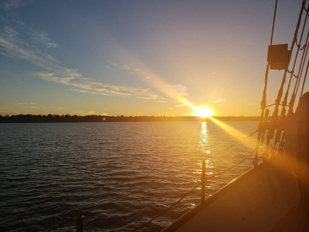things to do near williamsburg va - schooner sunset cruise yorktown