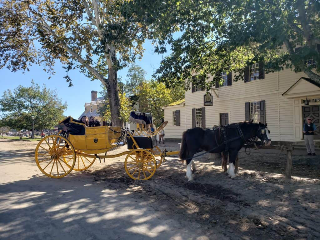williamsburg romantic getaways - horse and carriage colonial williamsburg