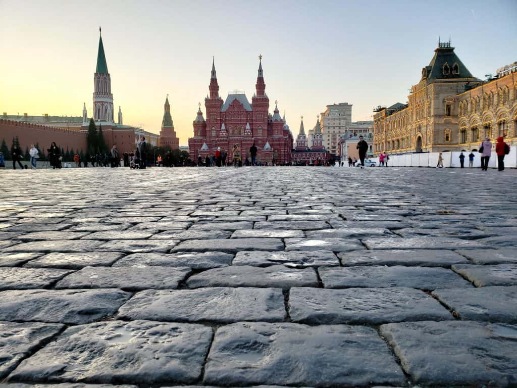 one of the best places to visit in moscow - the red square kremlin