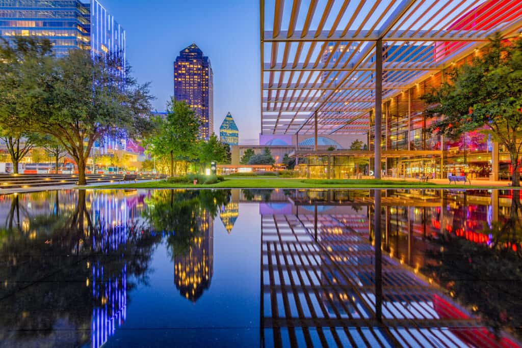 romantic things to do in Dallas, Texas, romantic views