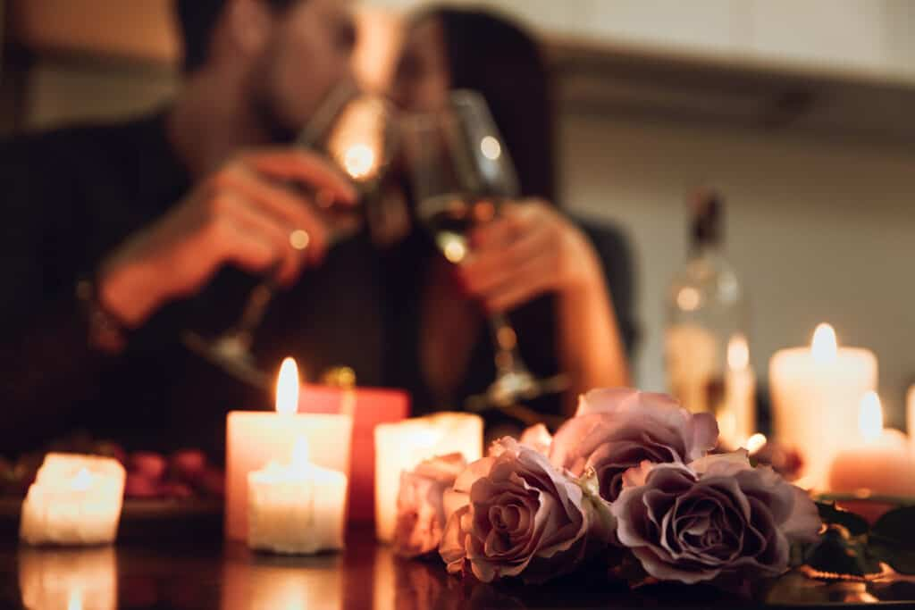 17 Date Night Ideas for Married Couples that are Totally
