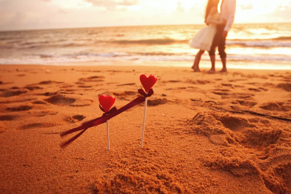 Your at with boyfriend to do the beach things When we