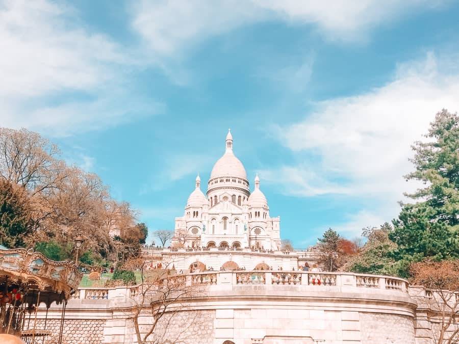 13 Romantic Things To Do in Paris 17