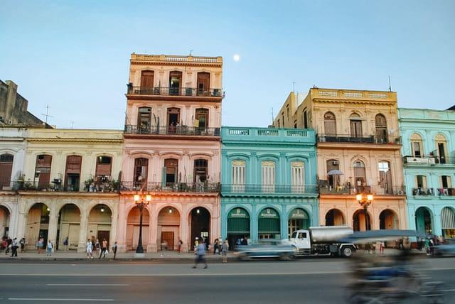romantic things to do in havana - image of pastel buildings in havana cuba